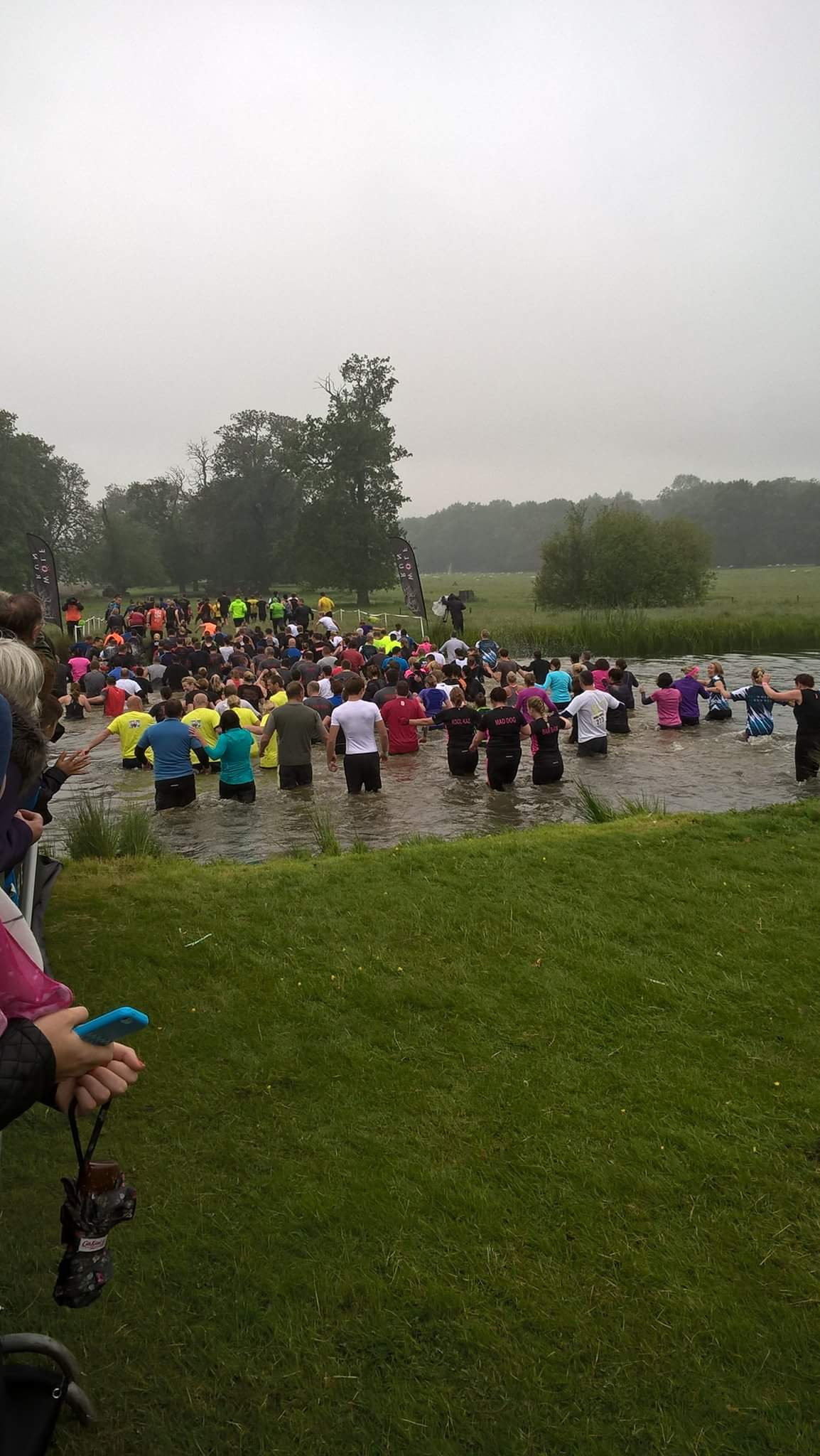 Pioneer Foods pack tackle the Wolf Run!