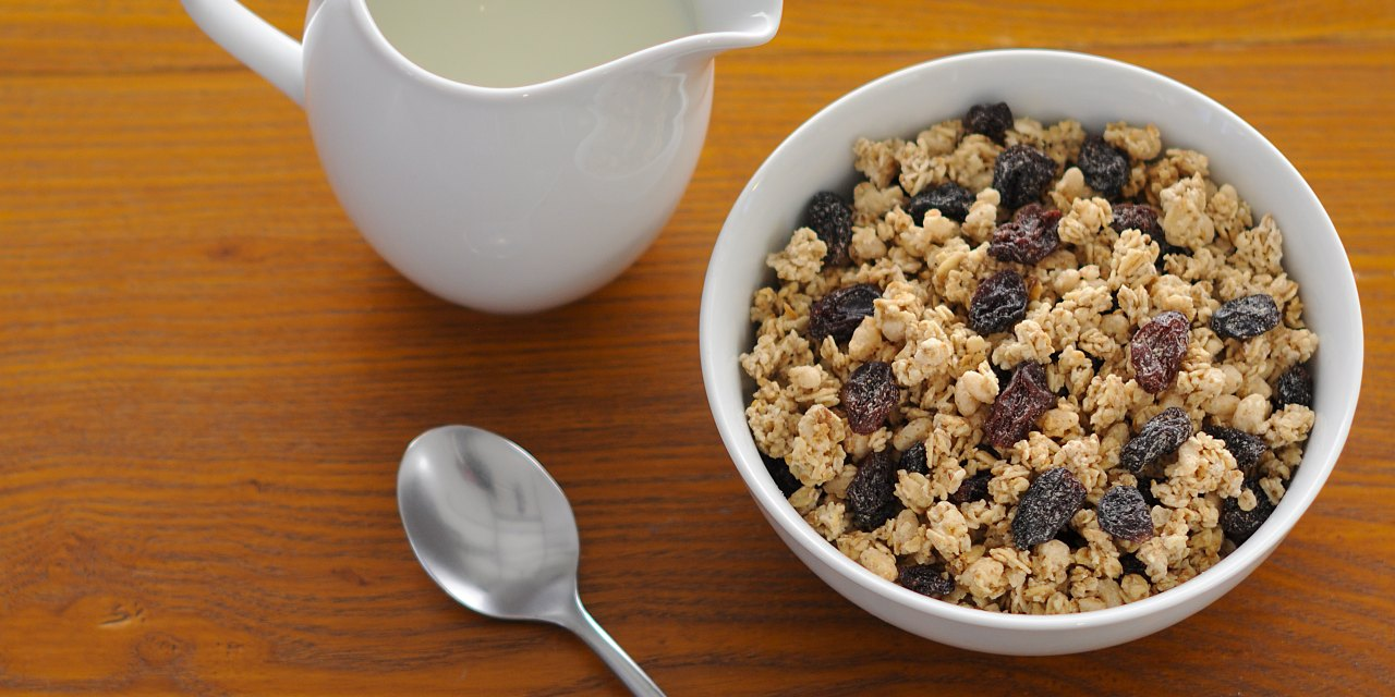 hero-traidcraft-crunchy-granola.jpg